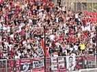 Kispesti szurkolók a Nagyerdei Stadionban