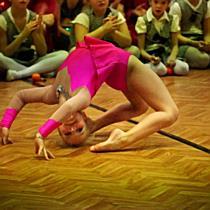 Attitude-karácsony: Szabó Mira akrobatikus szólója