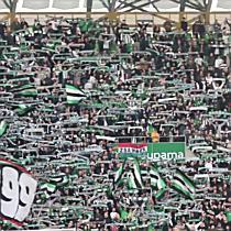 A ferencvárosi ultrák a Ferencváros-DVSC mérkőzésen - haon.hu