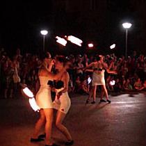 Lángoló Csigák tűzzsonglőr csapata
