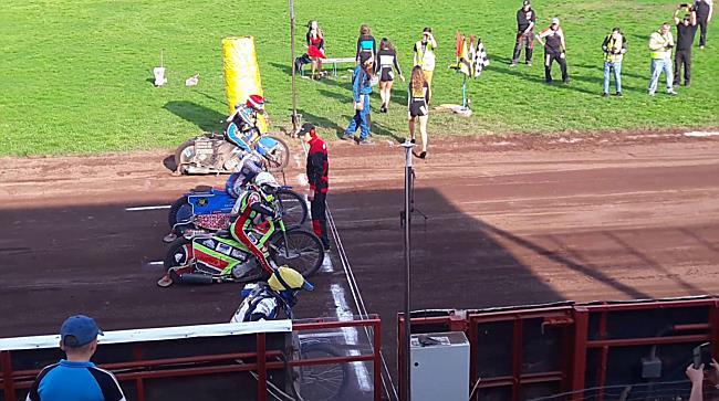 Salakmotor ob Debrecenben, döntő